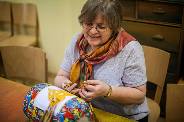 Batika - jedna z najstarších textilných techník ma stále čo ponúknuť