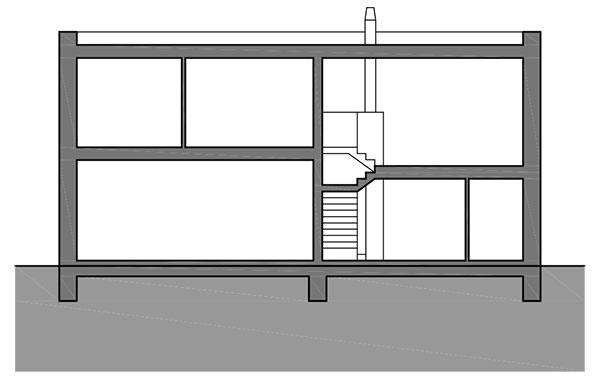 Rez Interiér oživujú rôzne výšky podláh astropov vjednotlivých priestoroch, ktoré zároveň vychádzajú zfunkčných požiadaviek. Vyšší strop vdielni vyvážila bežná výška spální, zvýšená obývačka zasa vyrovnala nižšípriestor kancelárie na prízemí.