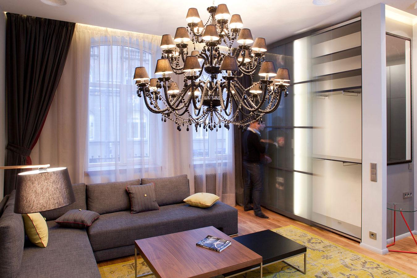 Rekonštrukcia malého bytu sa plne podriadila majiteľovej záľube