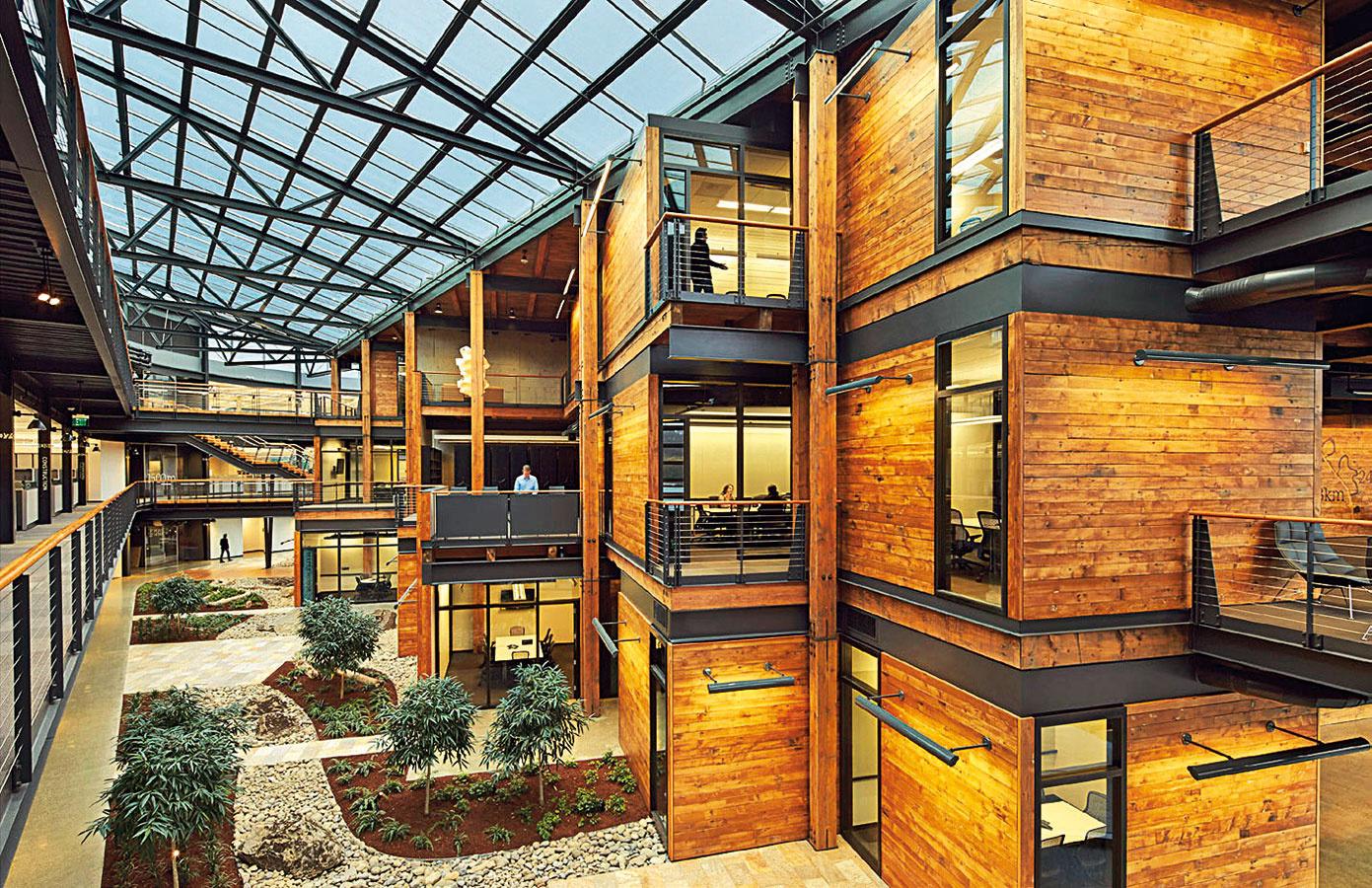 Komplex USACE Seattle District headquarters vUSA (architekti: ZGF Architects; zdroj: themilitaryengineer.com)