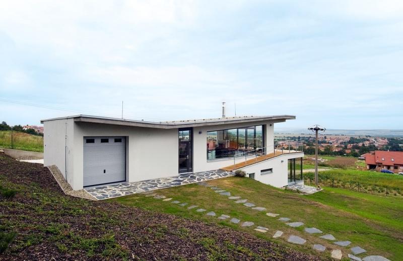 Stavba domu znamenala začiatok novej etapy života na novom mieste.