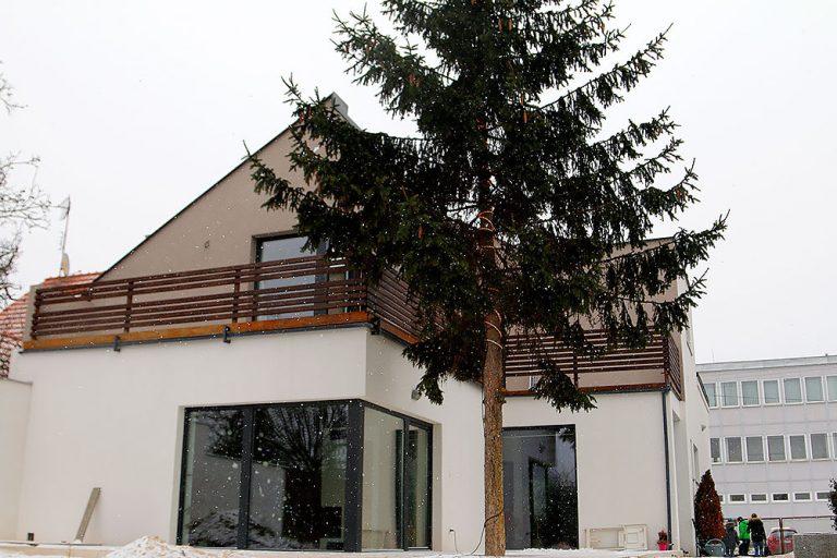 Totálna rekonštrukcia trojizbového domu po rodičoch