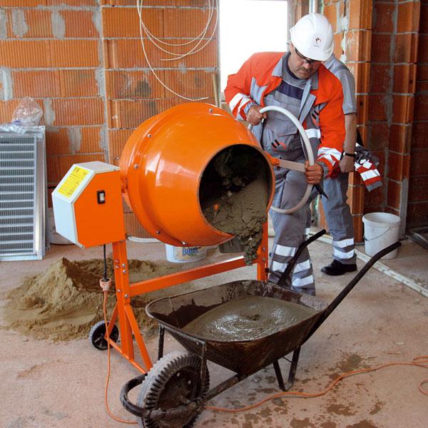 Cement vroku 2009 zdražie, aj napriek tomu sa však dá pri stavbe ušetriť