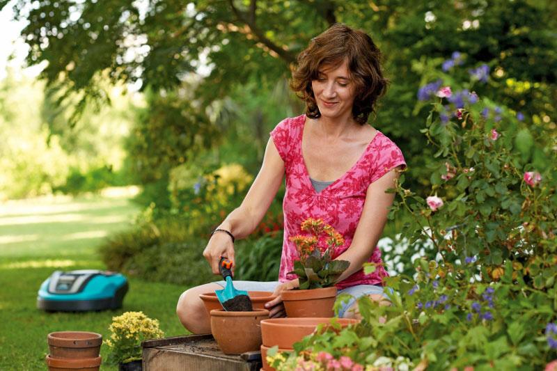Dokonalý trávnik môžete mať jednoducho a bez práce