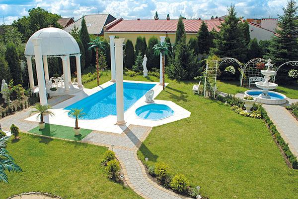Namiesto 1 dovolenky si zaobstarajte luxusný bazén. VIP starostlivosť máte zadarmo!