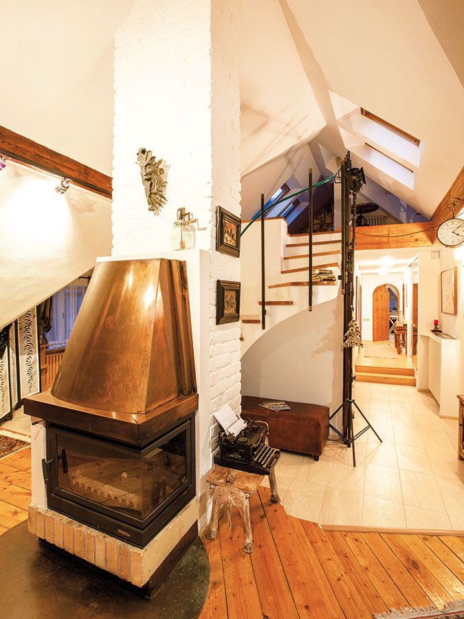 Predstavy architekta a majiteľa bytu sa pri rekonštrukcii rozchádzali. Idea otvoreného priestoru však napokon zvíťazila.