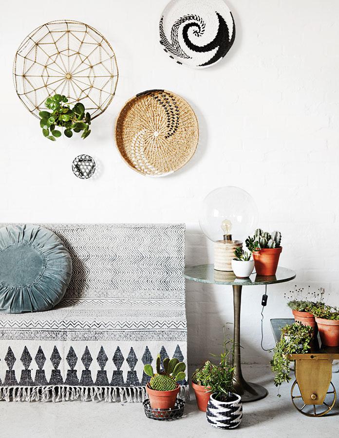 Minimalistické, kreatívne a zábavné Tento dizajn je produktom švédskeho dizajnérskeho dua Linn Johansson & Karolina Gullberg, ktoré spolu tvoria pod značkou Kreativitum. Naordinujte svojim stenám liečebnú škandinávsku kúru! Viac na www.nordicday.sk.
