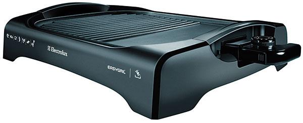 Electrolux ETG 340  Ohrev: 2 000 W, regulácia Grilovacia plocha: 1 odnímateľná platňa  30 × 41 cm  Povrch: nepriľnavý polymér, hladký + rošt