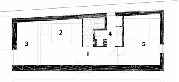 Pôdorys podkrovia 1 chodba 2 spálňa rodičov – galéria 3 otvorený priestor 4 kúpeľňa 5 detská izba