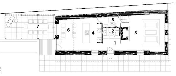 Pôdorys prízemia 1 predsieň 2 kúpeľňa 3 obývačka 4 kuchyňa 5 komora, technická miestnosť 6 jedáleň 7 terasa