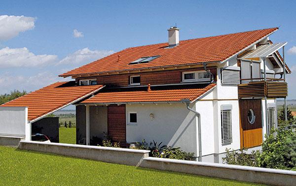 TONDACH Twist je posuvná, precízne spracovaná keramická škridla vhodná ako na nové domy, tak aj na rekonštruované. Veľký formát umožňuje jednoduchšie arýchlejšie ukladanie avyžaduje menší počet strešných lát, čím ušetrí prácu pokrývača.