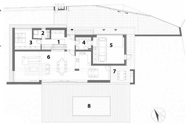 Pôdorys prízemia 1 vstupná hala, šatník 2 kúpeľňa 3 pracovňa/hosťovská izba 4 komora/tech. miestnosť 5 garáž 6 obytný priestor, kuchyňa 7 terasa 8 bazén