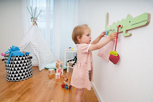 Ani vdetskej izbe nechýbajú geometrické vzory príznačné pre severský dizajn. Detský stan využíva dcéra majiteľov pri hre aj na leňošenie.