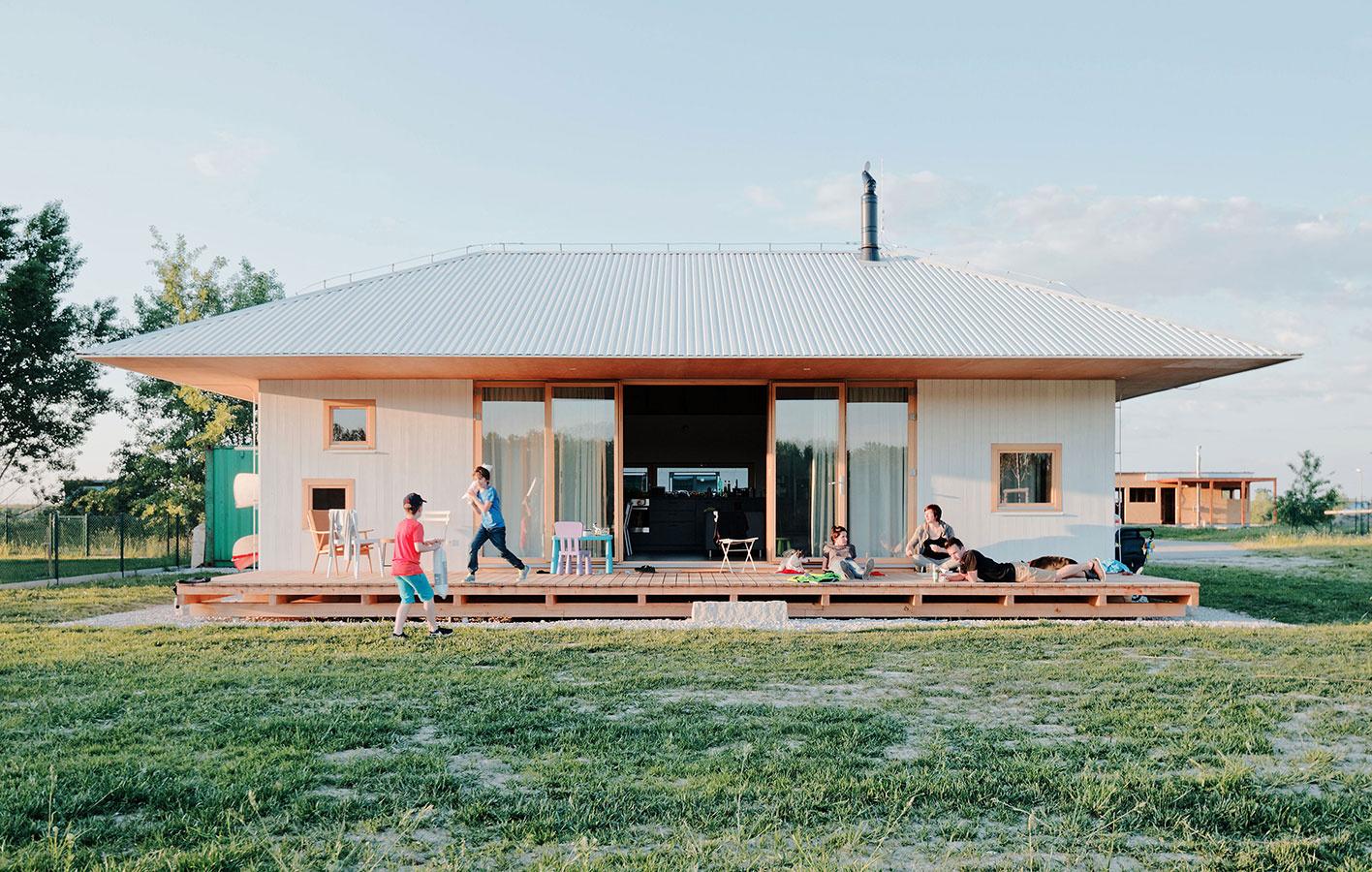 Víkendový dom pre päťčlennú rodinu vo Vojke