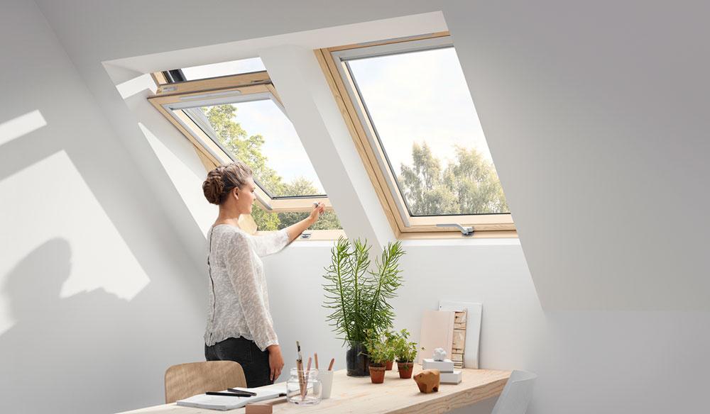 Pri výbere ovládania strešných okien treba hľadieť aj na výšku nadmurovky.