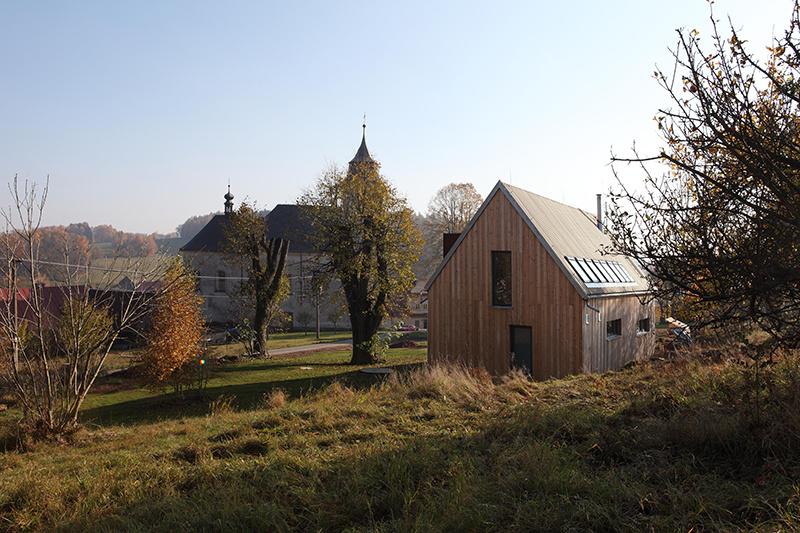 Drevostavba v Roprachticiach: Moderná a predsa s nádychom nostalgie