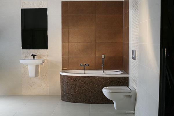 So stavebnou chémiou Ceresit môžete aj v kúpeľni vykúzliť sucho