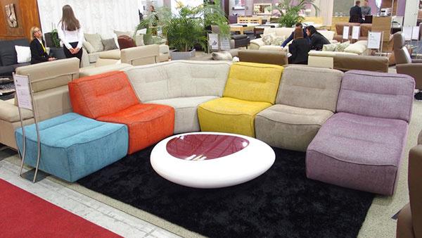 Najkomplexnejšia jesenná prehliadka nábytku predstaví trendy i klasiku
