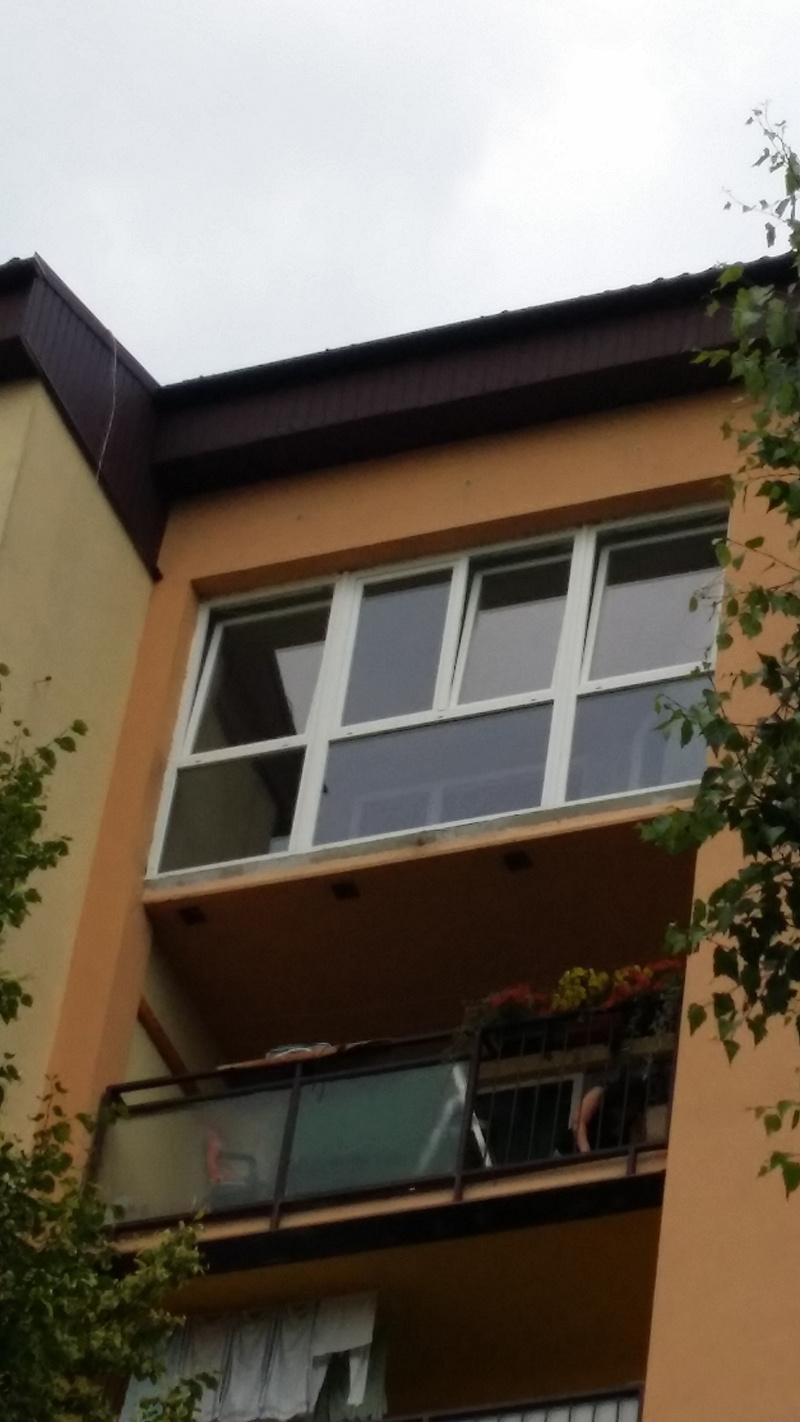 VÁŠ TIP: Ako sme si balkón v paneláku zmenili na slnečnú zimnú záhradu
