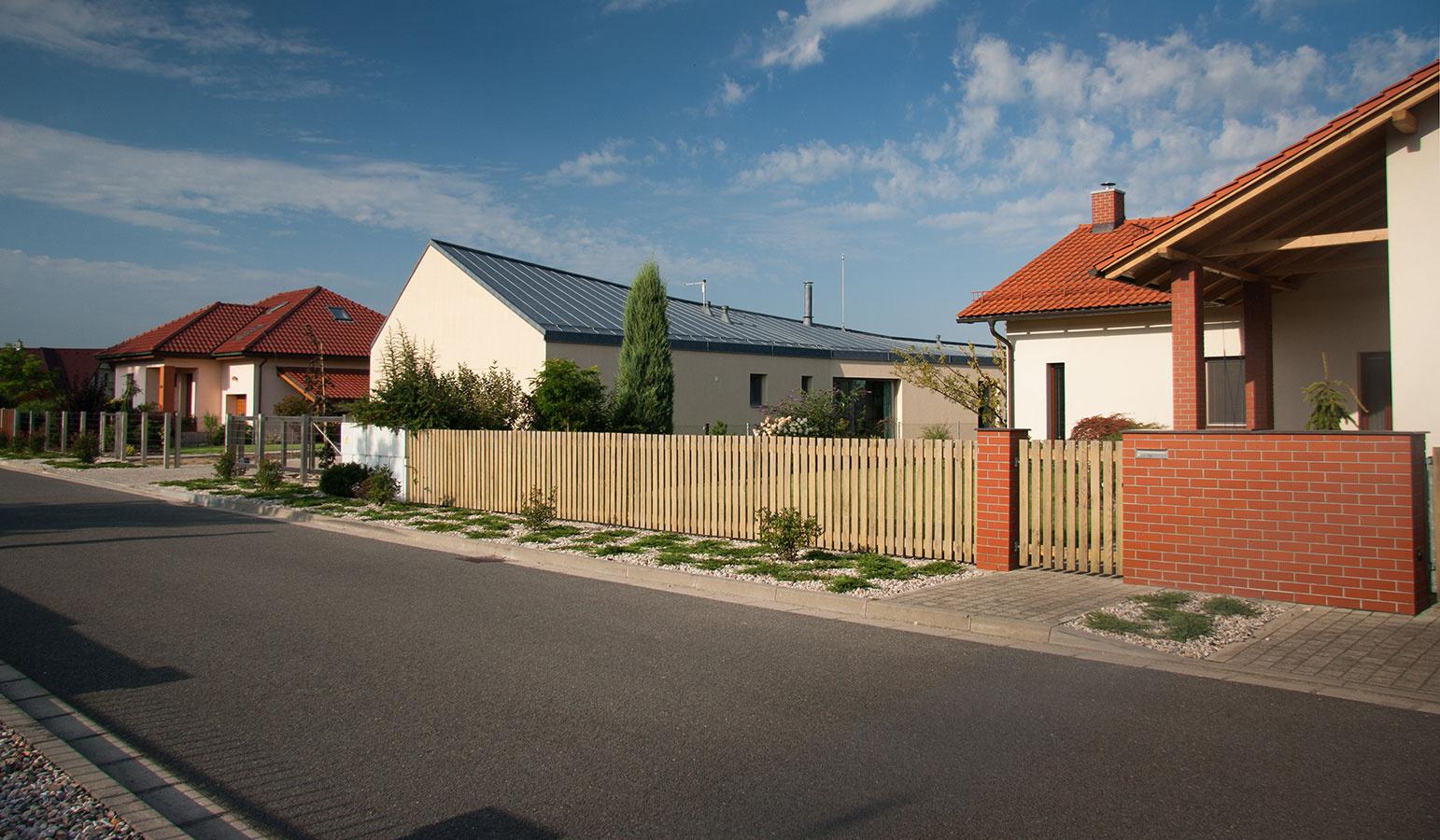 Žiadna kocka či kváder, tento rodinný dom postavili v tvare nožníc!