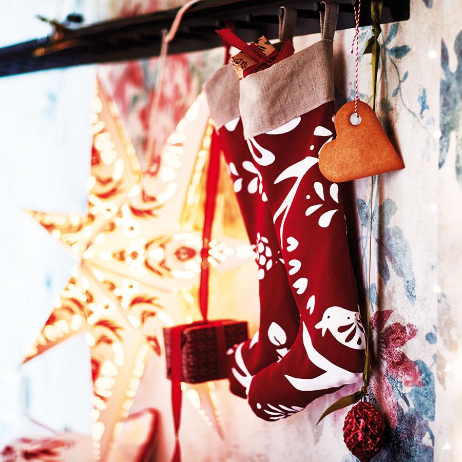 Tienidlo vtvare hviezdy STRALA od značky IKEA, na zavesenie, papier, nehrdzavejúca oceľ, priemer 100 cm, 4,95 €, IKEA