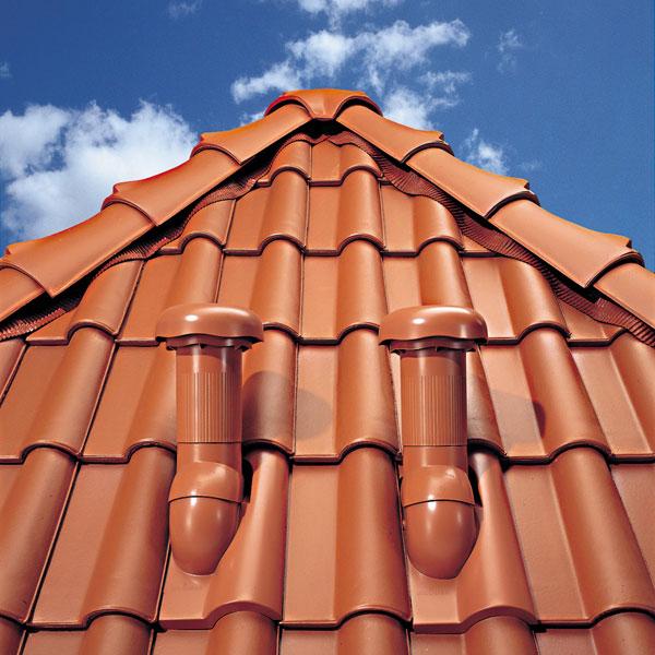 Profesionálne riešenie priestupov šikmou strechou