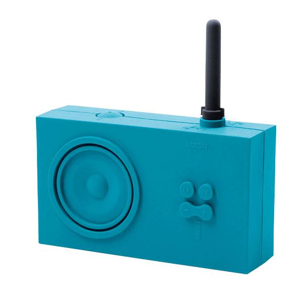 Gumené minirádio do kúpeľne Tykho od značky Lexon, vrôznych farbách, 14 × 4 × 8 cm, 56 €, www.coolberry.sk