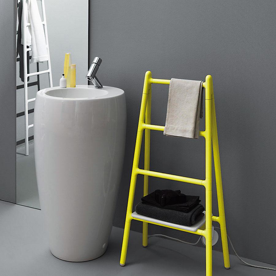 Dizajnový elektrický radiátor Scaletta od značky Tubes. Vyrobený je z hliníka a v ponuke je v niekoľkých rozmeroch a farebných vyhotoveniach. (www.aquatrade.sk)