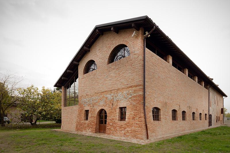 Starobylú taliansku farmu rekonštruovali tehličku po tehličke