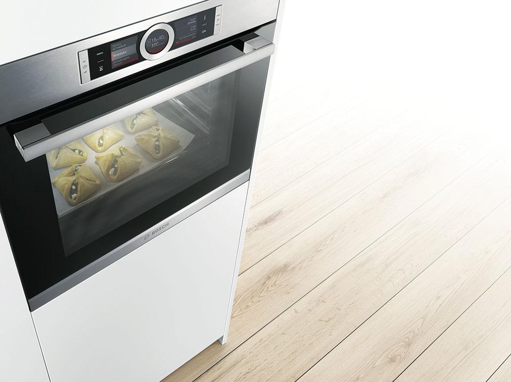 EcoClean je funkcia, pri ktorej nie je potrebné takmer žiadne čistenie vďaka špeciálnemu povrchu, ktorý automaticky absorbuje nečistoty zpečenia.