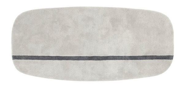 Obdĺžnikový vlnený koberec Oona od značky Normann Copenhagen, 175 × 240 cm, 540 €, www.designville.sk