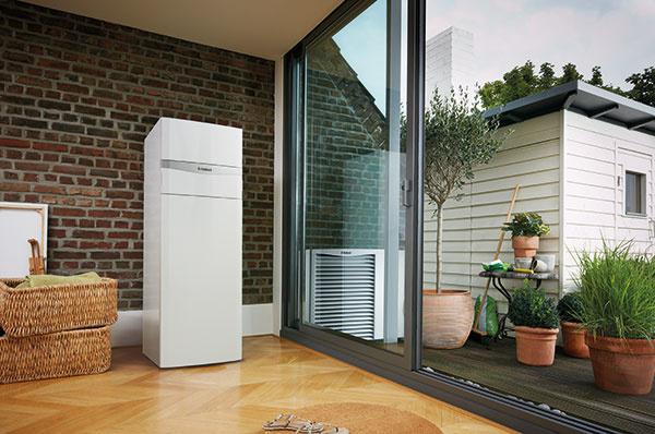 Praktická kombinácia tepelného čerpadla aroTHERM a modulu uniTOWER.