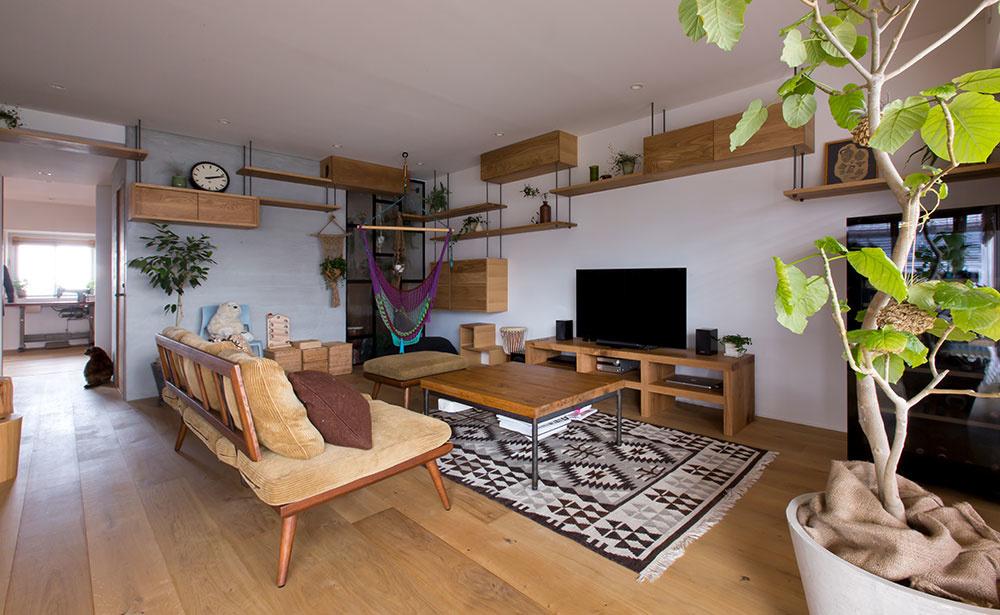 Rekonštrukcia bytu myslela aj na mačacích spolubývajúcich: Pozrite, kde dostali priestor!