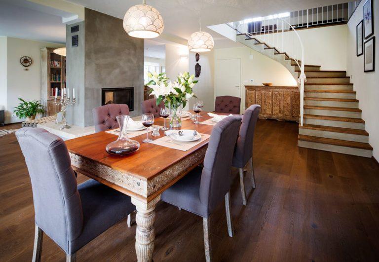 Rodinný dom vo francúzskom štýle: Moderné popri historickom? Žiaden problém!