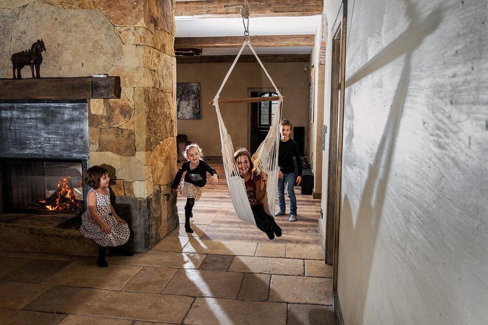 Súťaž Interiér roku: Country dom pre rodinu s deťmi