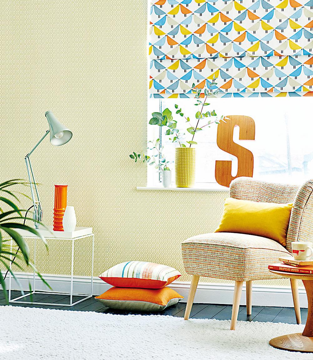 Jarné farby vnesú do každého priestoru veselú náladu na báze žltej farby. Základom sú mäkké teplé odtiene na stenách a podlahách. Oživia ich doplnky s dôrazom na oranžovú, nevädzovú modrú a zelenú, ako je aj pestrá okenná roleta od značky Scion z kolekcie Noukku. Predáva www.cymorka.sk.
