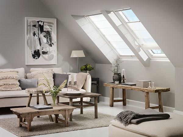 Aj rímske rolety dopomôžu k regulácii denného svetla a dizajnovo obohatia interiér.