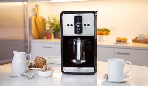 Testovali sme 5 raňajkových kávovarov. Do ktorého sa oplatí investovať?