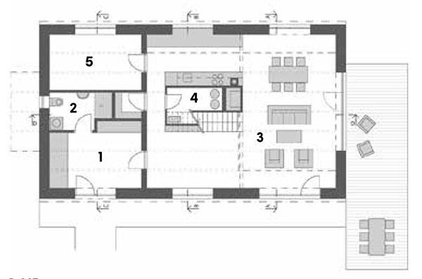 Prízemie 1 zádverie 2 dolná kúpeľňa 3 obytná miestnosť spojená skuchyňou 4 technická miestnosť 5 komora, pracovňa