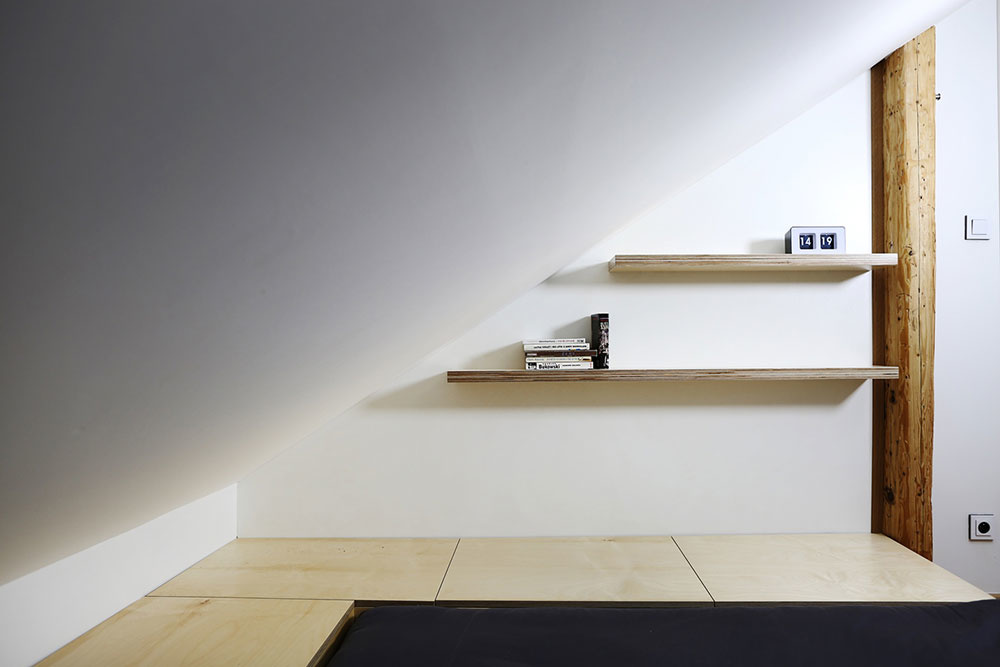 Rekonštrukcia podkrovného bytu: Ďalší dôkaz, že v jednoduchosti je (nielen) krása
