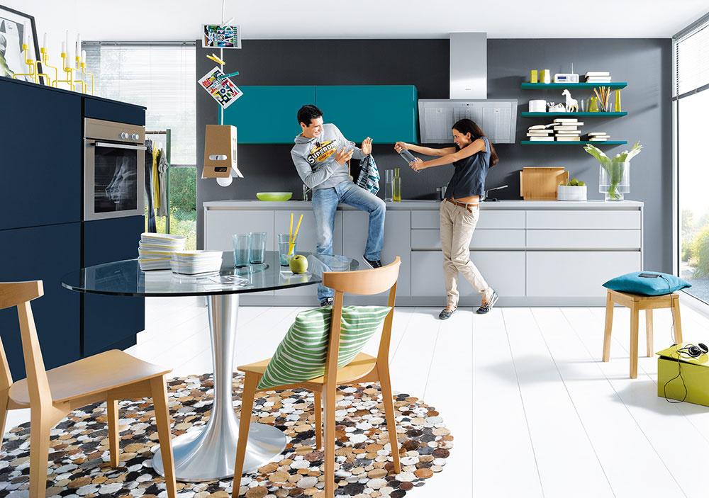 Vďaka programu nova zproduktového radu schüller.C si vytvoríte farebnú kuchyňu presne podľa svojich predstáv. Viac na www.schueller.de.