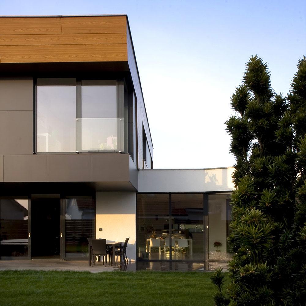 Do detailu premyslený rodinný dom v Marianke pre štvorčlennú rodinu