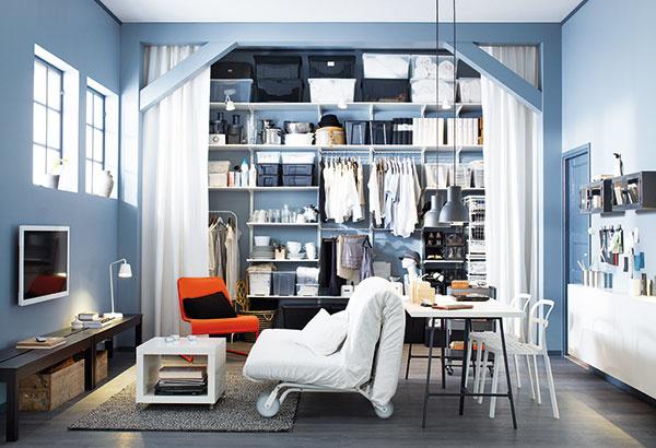 Variabilný nábytok na kolieskach je v malých bytoch na nezaplatenie