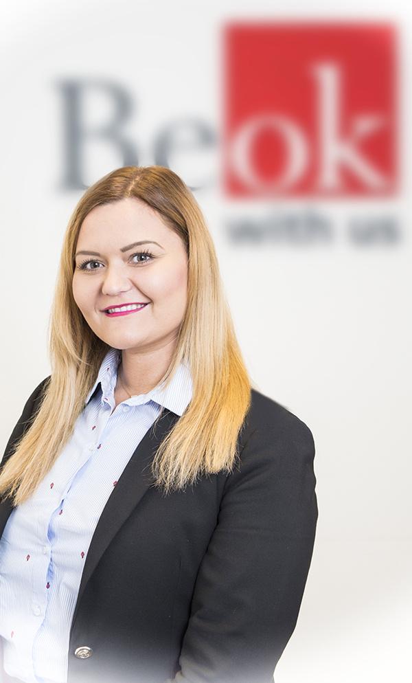 JUDr. Lenka Zelenáková
