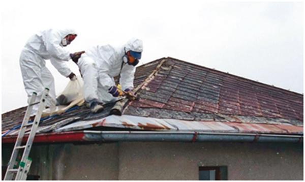 Demontáž starej azbestovocementovej krytiny