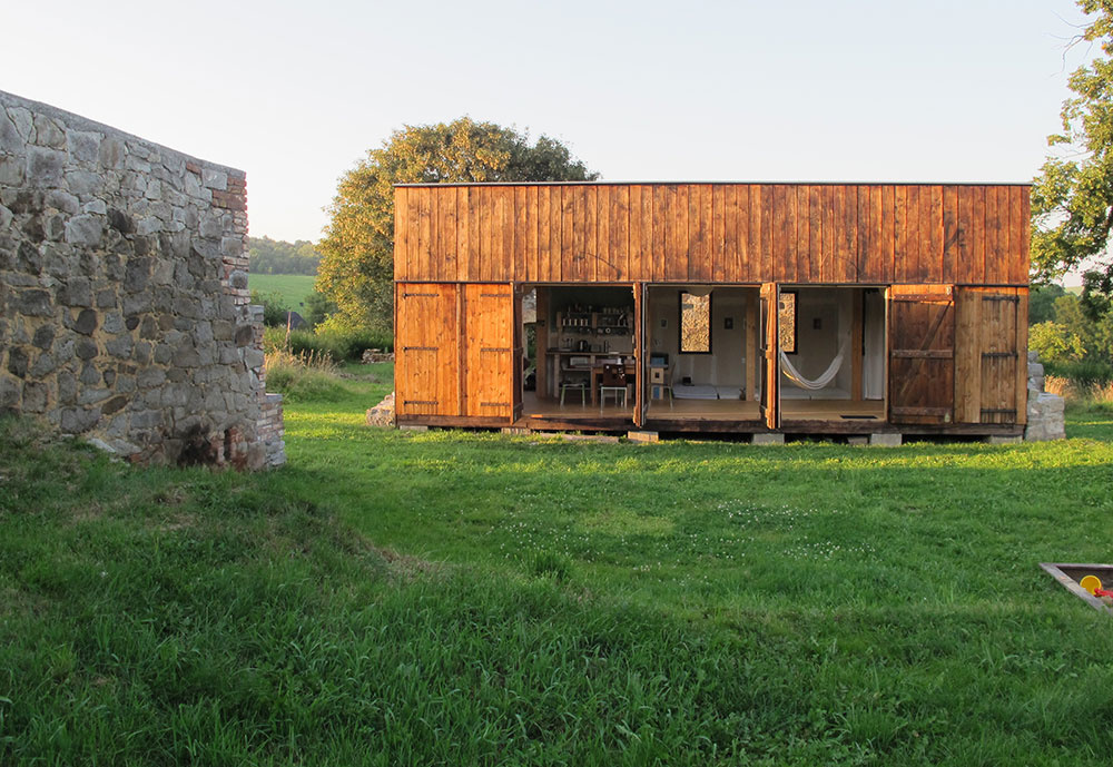 Energeticky sebestačný a minimalistický dom s dostatočným komfortom pre bývajúcich