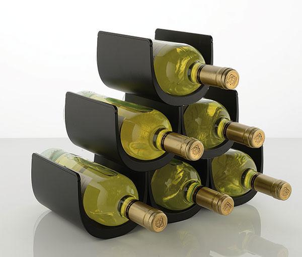 Modulový držiak na fľaše Noè v ponuke čiernej, bielej a červenej farbe, termoplastická živica, 34,5 × 27,5 × 15,5 cm, 65 €, store.alessi.com