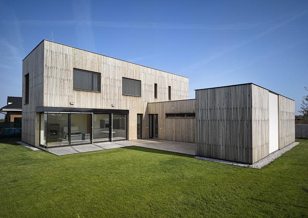 Tvarovo čistý dom nenecháva ani centimeter nevyužitý