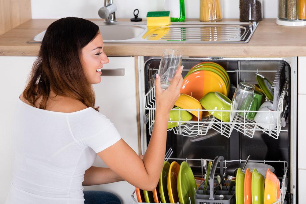 Ak chcete čisté riady, potrebujete čistú umývačku: Ako ju dosiahnuť?