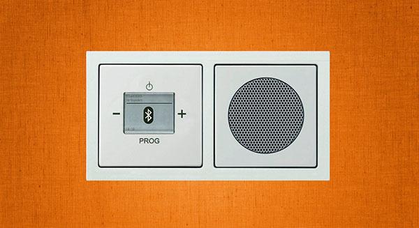 Radio s BT